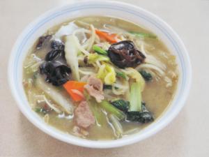 タンメン 750円 野菜がたっぷり、ボリュームも満点。程良い塩味がたまらない。